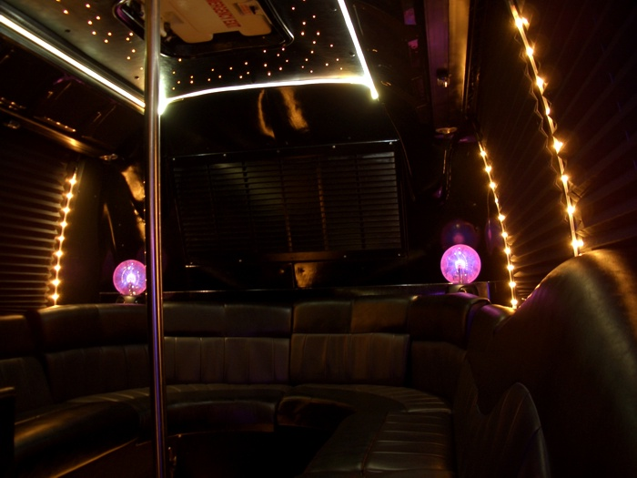 30 Passenger Gmc Rts Party Bus In Chicago 3