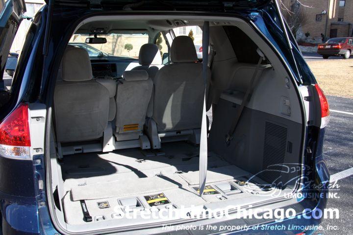 Chicago Minivan Rental 7 Passenger Minivan