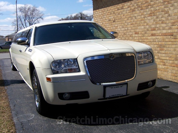 Chrysler 300 limo rental chicago